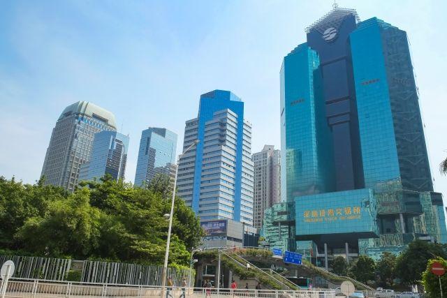 ビルの並ぶ深圳の街